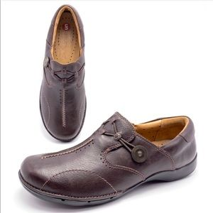 Clarks Unstructured 9M Brown Leather Loafers